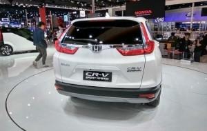 Mobil Pengantin Honda Jejalkan Mesin Hybrid Pada CR-V