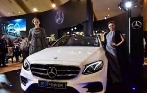 Mobil Pengantin Mercedes-Benz Berencana Rakit Mobil Listrik E350e di Indonesia