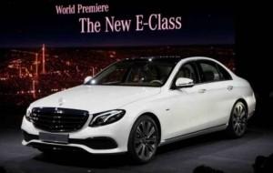 Mobil Pengantin Mercedes-Benz E-Class Sabet Gelar Armada Terbaik
