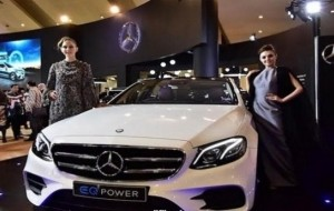 Mobil Pengantin IIMS 2018: Mercedes-Benz E 350 e, Apa Unggulnya Sistem Hybrid?