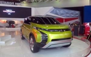 Mobil Pengantin Paduan SUV-MPV, Mitsubishi Siapkan Pesaing Avanza & Mobilio