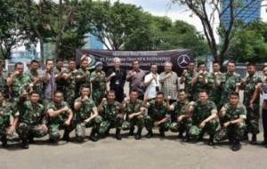 Mobil Pengantin Pasukan Paspampres Belajar Kemudikan Mercedes-Benz