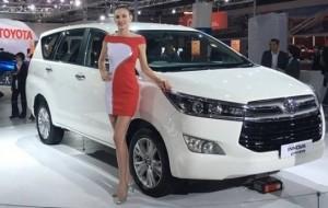 Mobil Pengantin Toyota Luncurkan Innova Crysta
