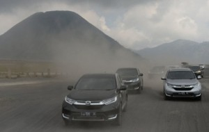 Mobil Pengantin Besarnya Peminat Honda CR-V 1.5L TURBO