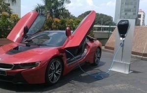 Mobil Pengantin BMW Kembangkan Deru Suara Buatan Untuk Mobil Listrik