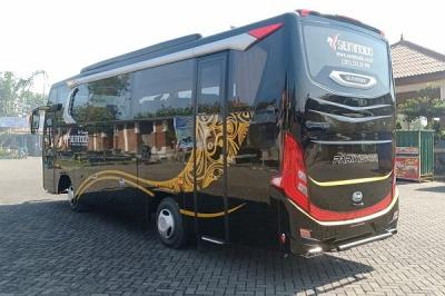 rental medium bus
