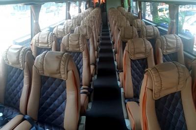 Interior bus pariwisata murah