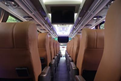 rental bus pariwisata