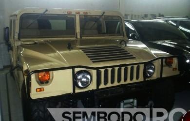 Mobil Pengantin - Hummer