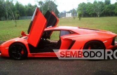 Mobil Pengantin - Red-Lamborghini