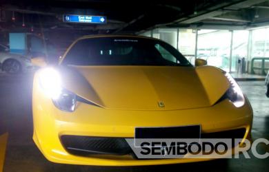 Mobil Pengantin - Ferrari