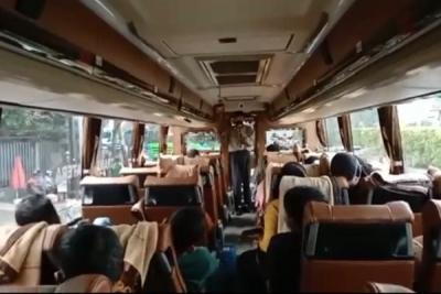bus bekasi pariaman
