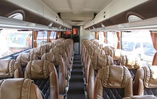 Sewa Tipe Bangku Bus Pariwisata Ini Yang Menentukan Kenyamanan Anda!