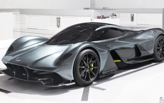 Sewa Bikin Supercar Baru, Aston Martin Bajak 3 Orang Penting Ferrari