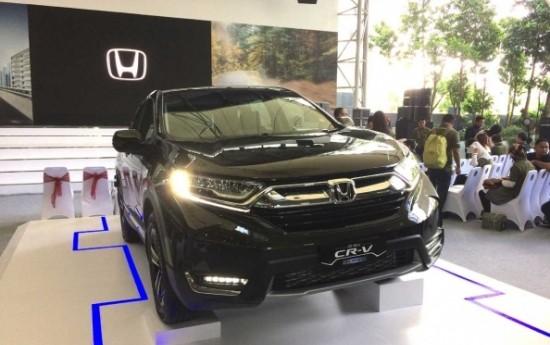 Sewa Honda CR-V Turbo Melompat Cukup Jauh Dari Pendahulunya