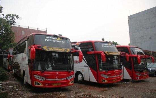 Sewa 3 Alasan Mengapa Harus Sewa Bus untuk Libur Akhir Tahun