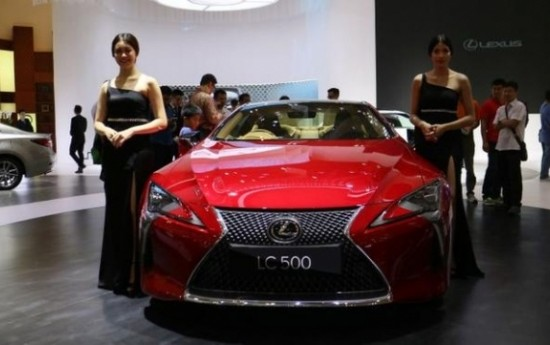 Sewa Hanya 2 Persen Orang Indonesia yang Mampu Beli Mobil Mewah