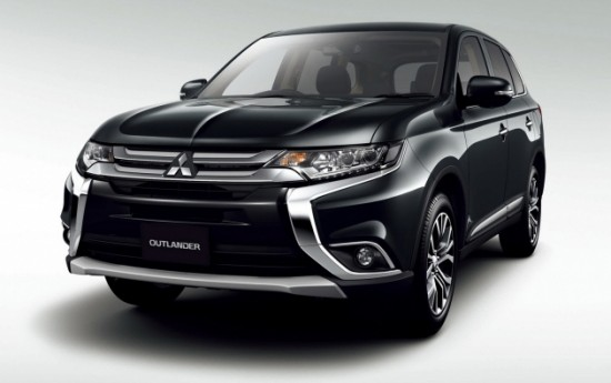 Sewa Mitsubishi Resmi Rilis Outlander PHEV Juro ke Publik