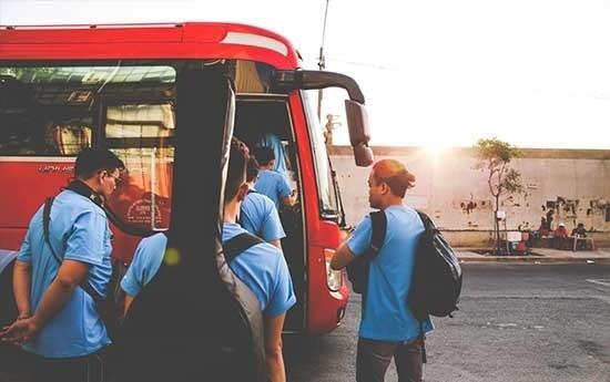 Sewa Rental Bus Pariwisata Murah