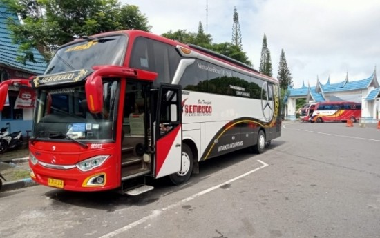 Sewa Sewa Bus Pariwisata Terpercaya dan Berkualitas