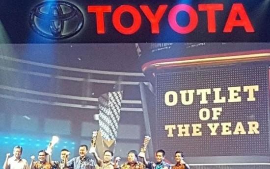 Sewa Toyota Raih WOW Brand Award 2017