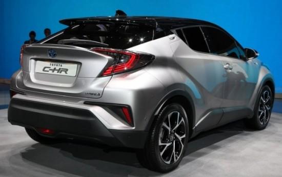 Sewa Toyota C-HR Hybrid Performa Tinggi, Siap Diproduksi Tahun Depan