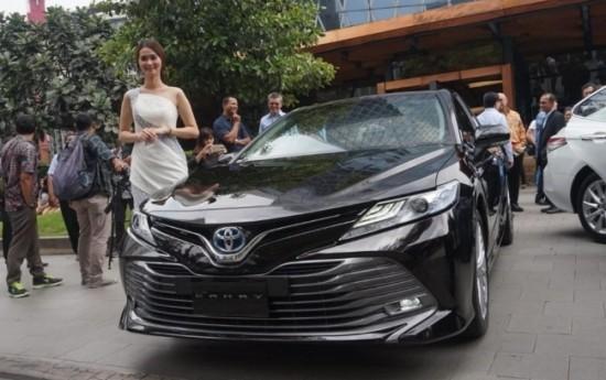 Sewa All-New Toyota Camry Resmi Meluncur di Indonesia