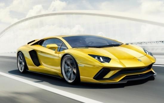 Sewa Lamborghini Aventador S, lebih kencang & Keren!