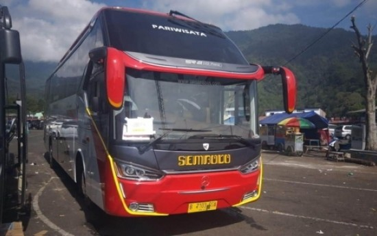Sewa Fasilitas Yang Wajib Ada Pada Bus Pariwisata Luxury