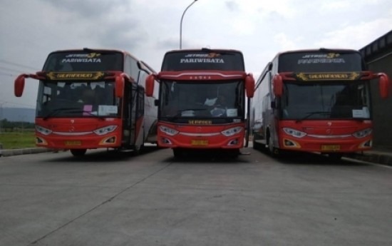 Sewa Kelebihan dan Kekurangan Menggunakan Bus Pariwisata Premium Sembodo