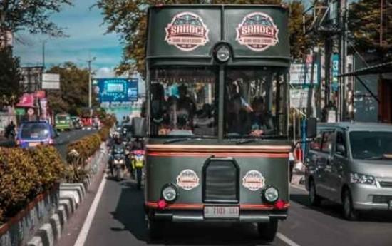 Sewa Pemkot Cimahi Resmi Meluncurkan Bus Wisata Sakoci