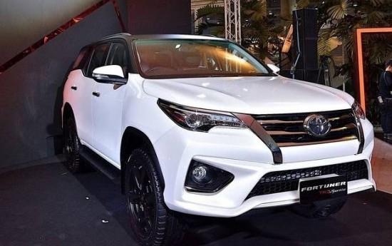 Sewa Toyota Fortuner TRD Sportivo Punya Tampang Lebih Sporti