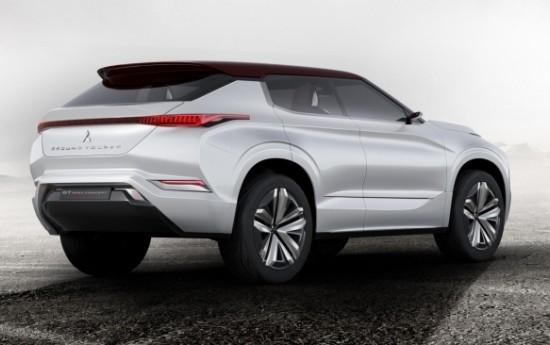 Sewa Perkuat Segmen SUV, Mitsubishi Lebarkan Keluarga Pajero