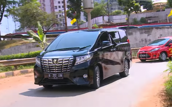 Sewa Razia Pajak Tidak Mengganggu Penjualan Toyota
