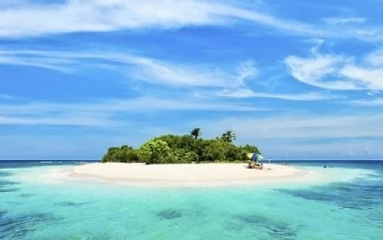 Sewa Libur Akhir Tahun dengan Paket Wisata Karimunjawa 4D3N Sembodo