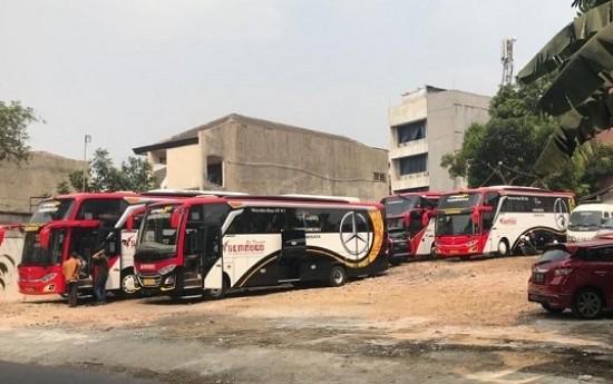 Sewa Liburan Naik Bus? Ini 4 Keuntungan Yang Bisa Anda Dapatkan