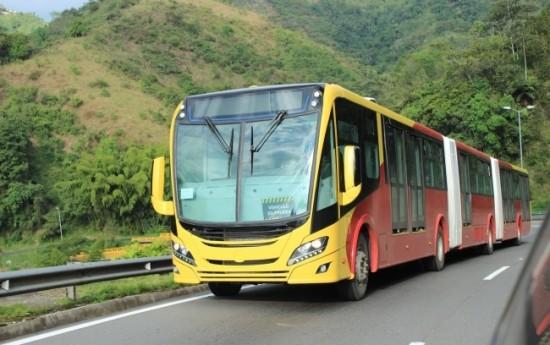 Sewa Scania Panen Penjualan 260 Bus Gandeng-ganda di Sini