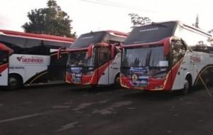Mobil Pengantin Ingin Wisata Religi di Banten ? Yuk Kunjungi dengan Sewa Bus di Sembodo