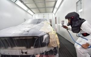 Mobil Pengantin Mercedes-Benz Resmikan Fasilitas Untuk Kendaraan Pasca Kecelakaan