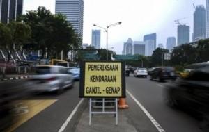 Mobil Pengantin Pemprov Jakarta Perluas Penerapan Ganjil-Genap