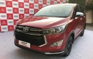 Mobil Pengantin Toyota Luncurkan Innova Cyrsta Touring Sport, Apa Bedanya Dengan Venturer