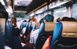 Mobil Pengantin Liburan Naik Bus? Ini 4 Keuntungan Yang Bisa Anda Dapatkan