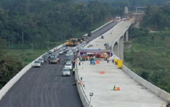 Sewa H-7 Jalan Tol Fungsional Batang Hingga Gringsing Siap dipakai Pemudik