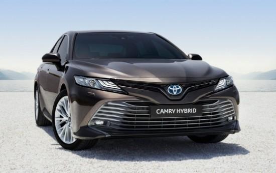 Sewa Lebih Premium, Ini Harga Terbaru Toyota Camry Generasi ke 8
