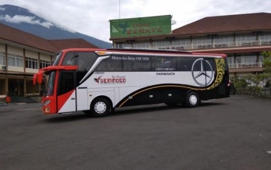 Sewa Keuntungan Rental Bus Dibandingkan dengan Mobil Pribadi