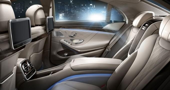 Sewa mobil online - Mercedes Benz S500