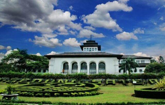 3D2N Wisata Ciwidey Bandung