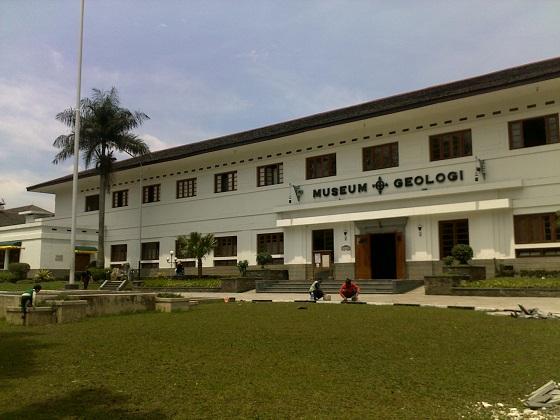 Wisata Bandung 1 Dari Jakarta