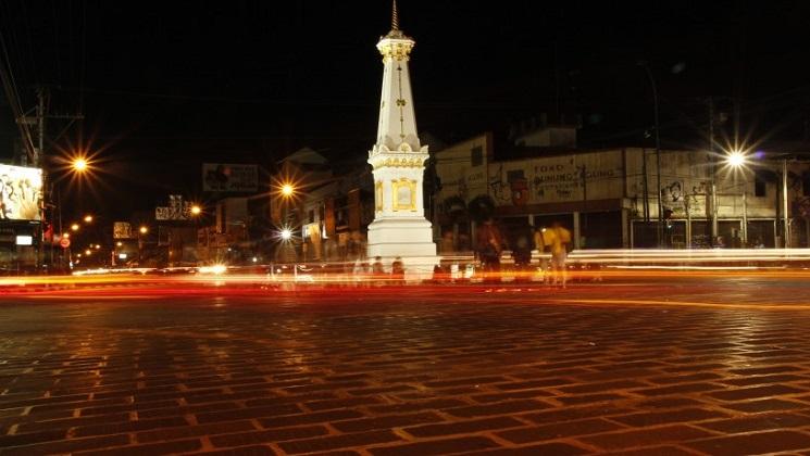 4D3N Wisata Jogjakarta - Big Bus