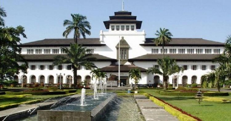 Wisata Ciwidey Bandung Dari Jakarta